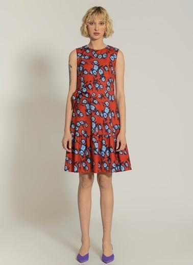 NGSTYLE Fiyonk Detaylı Çiçekli Elbise Kırmızı